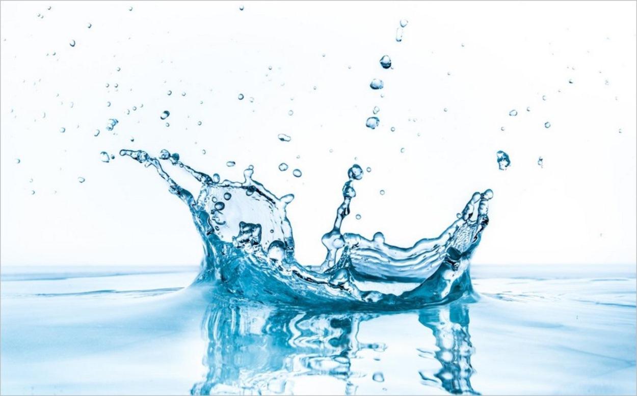 Une éclaboussure d'eau