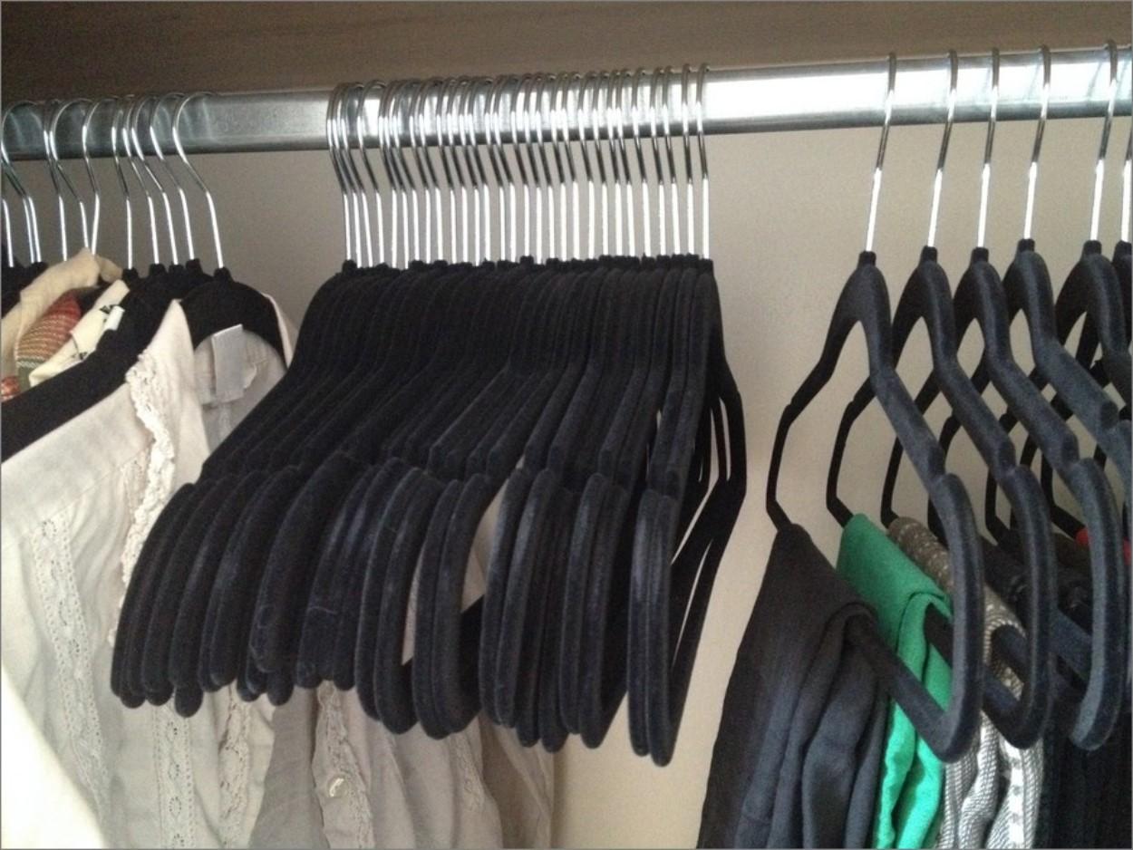 Ranger son dressing ou son armoire astuces rangement - Comment bien ranger son armoire vetement ...