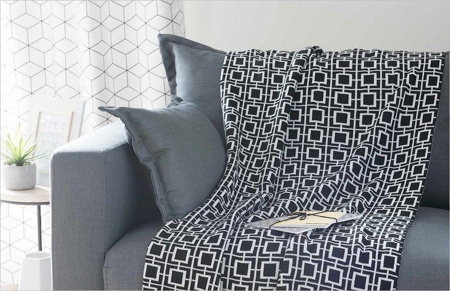 Comment meubler son premier appartement for Plaid maison du monde