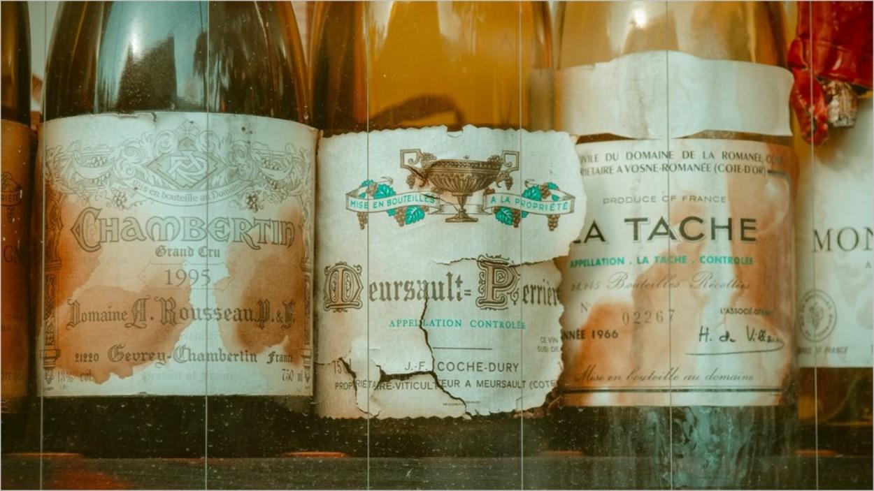 Offrir le vin de l'année de naissance